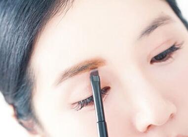 韩式一字上升眉正确画法