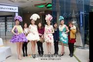 参加万达广场香港服装秀